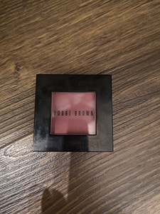 Bobbi Brown põsepuna Nectar