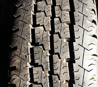 Michelin Agilis 81 205/70 R15C