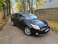 Toyota Avensis Exclusive 2.2 130kW