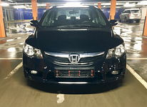 Honda Civic Hybrid Automaat taxify-bolt yandex wolt
